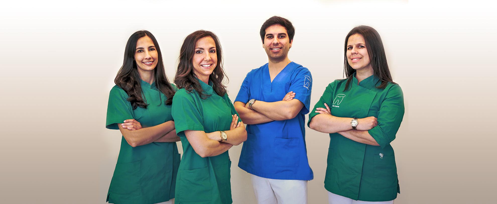 Reference Team. São Dente Clinic